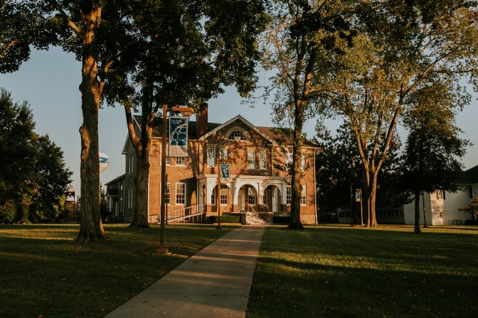 Lindsey Wilson College